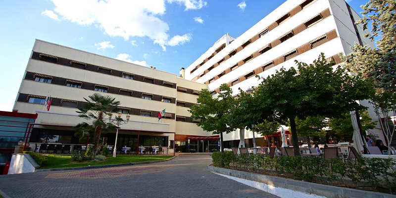El Hotel Torremangana cierra sus puertas, aunque mantiene su actividad hasta la salida de todos sus clientes