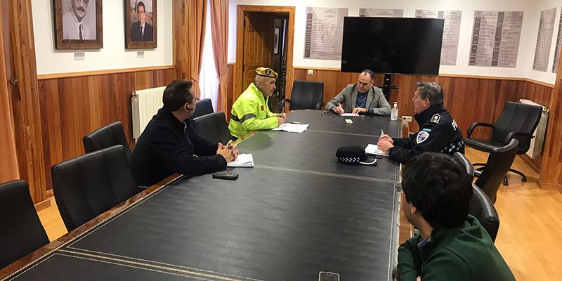 El Ministerio de Defensa despliega una sección de la UME en Tarancón para apoyar a la Policía Nacional en la labor de garantizar la seguridad