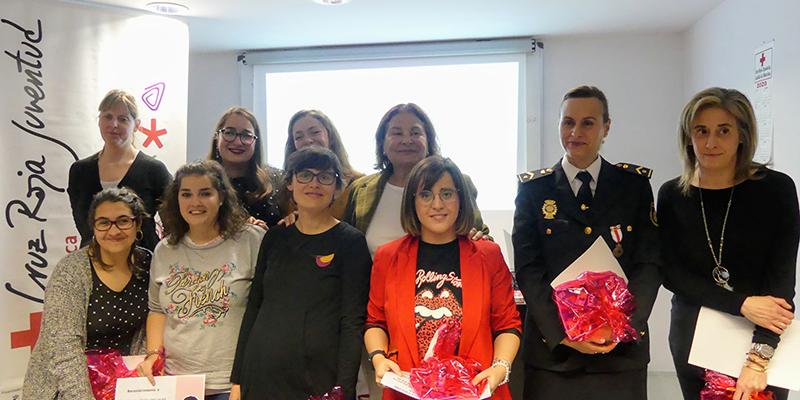 Emotivo acto por el que Cruz Roja Cuenca reconoce a 12 mujeres por su labor cotidiana