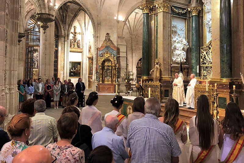Los obispos toman medidas contra el coronavirus la misa mejor seguirla por la televisión y suspensión de las catequesis