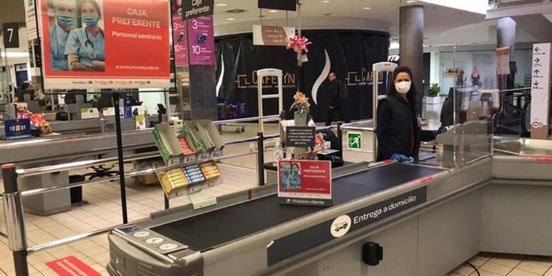 Carrefour Cuenca establece servicios de atención preferente para el personal sanitario