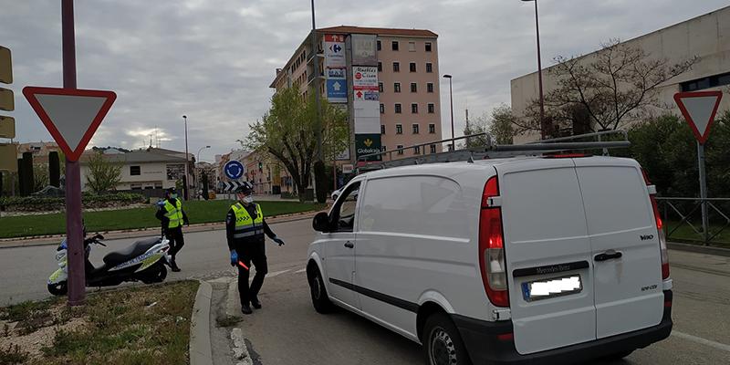 El Ayuntamiento de Cuenca observa un repunte en el número de vehículos que circulan por el casco urbano y ha dado aviso a Policía Local para controlarlo