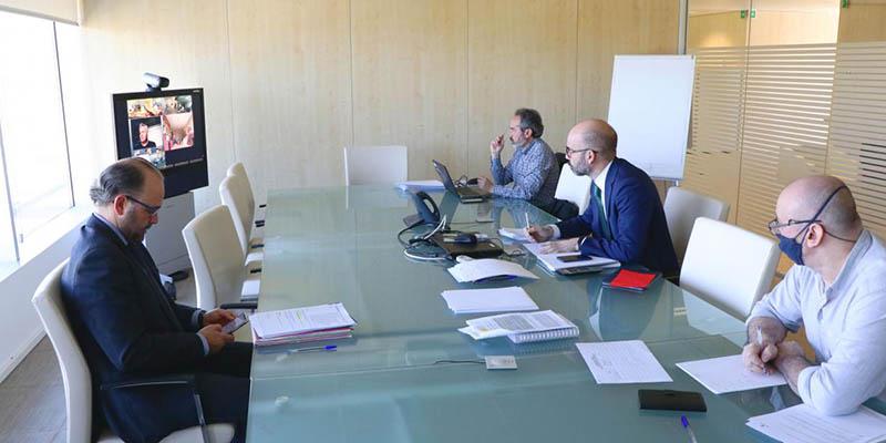 El SESCAM reactiva los foros de negociación con los representantes de sus trabajadores tras el inicio de la crisis sanitaria por coronavirus