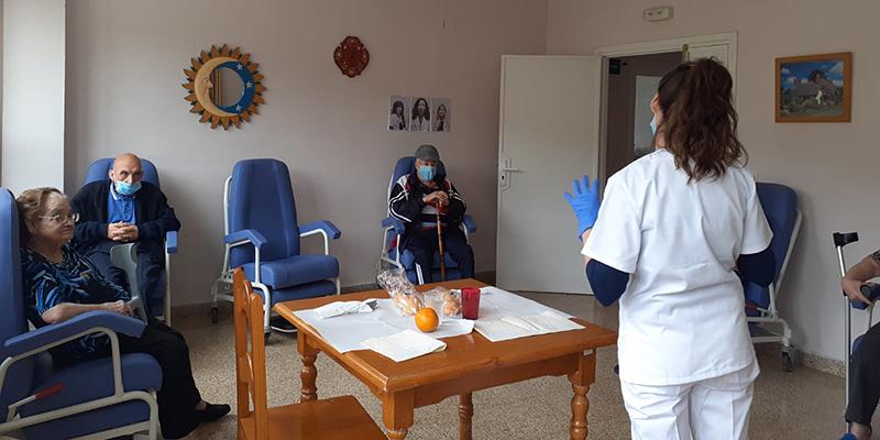 Los usuarios de la Residencia Provincial  Sagrado Corazón de Cuenca realizarán actividades de estimulación en grupos reducidos durante el confinamiento