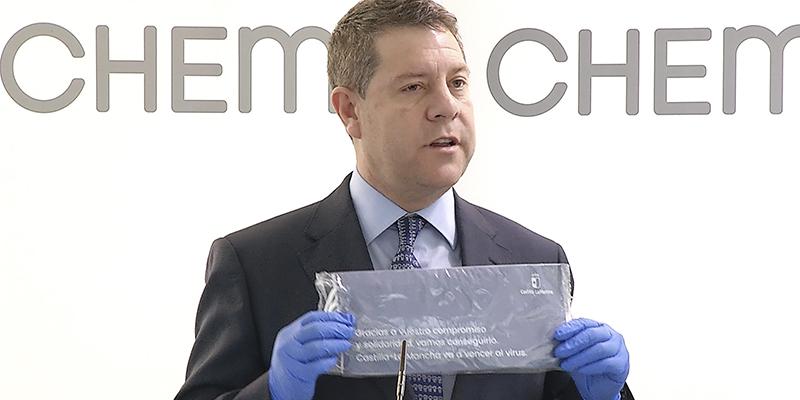 Page anuncia el reparto de cinco mascarillas quirúrgicas por cada hogar de Castilla-La Mancha como medida complementaria en la lucha contra el coronavirus