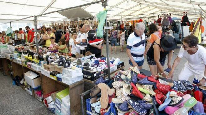 El martes se reanuda el mercadillo en Cuenca con el 25% de los puestos, todos ellos de alimentación y plantas