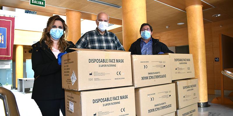 La Subdelegación del Gobierno en Cuenca entrega 29.000 mascarillas destinadas para la Federación Española de Municipios y Provincias