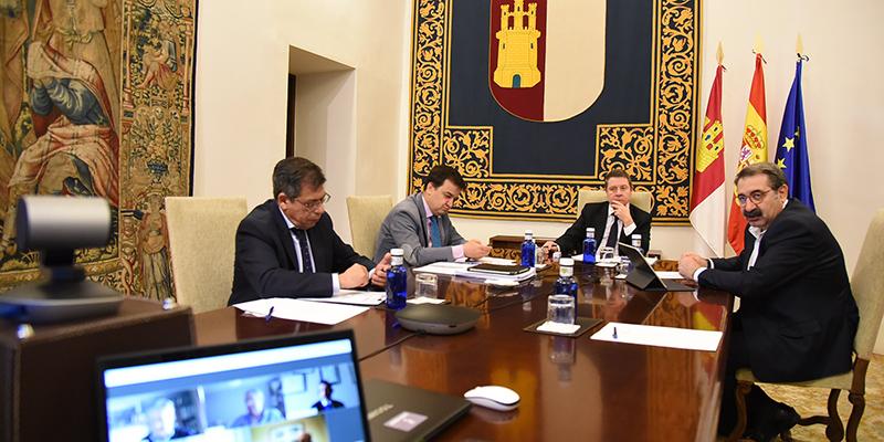 Page invita a participar en el Comité de la desescalada de la región a los expertos del Colegio Oficial de Veterinarios de Castilla-La Mancha