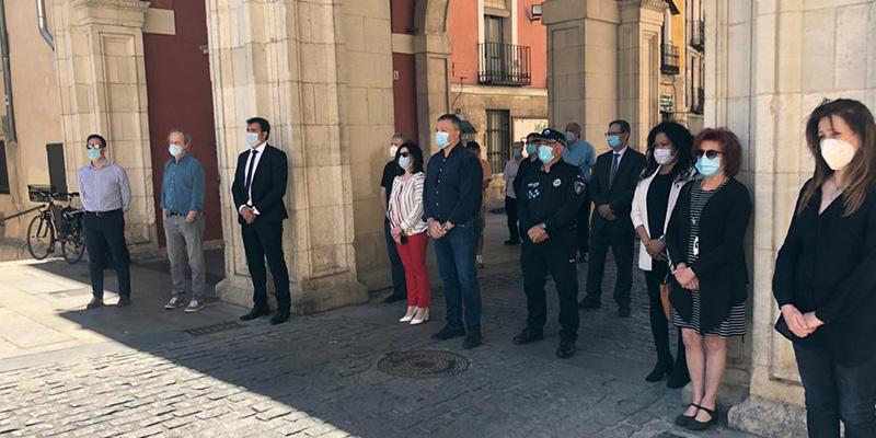 Unanimidad en el Ayuntamiento de Cuenca para recordar a las víctimas de la pandemia del Coronavirus