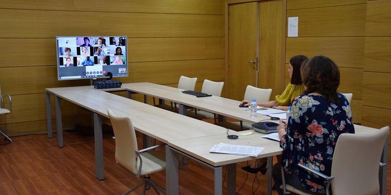El Gobierno de Castilla-La Mancha impulsará la comercialización 'online' del sector artesano y rediseñará Farcama para su celebración al aire libre este año
