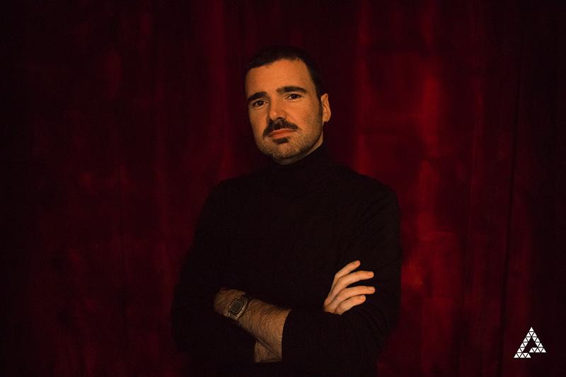 El poeta Julio Béjar, ganador del XI Premio de Poesía 'Federico Muelas' del Ayuntamiento de Cuenca