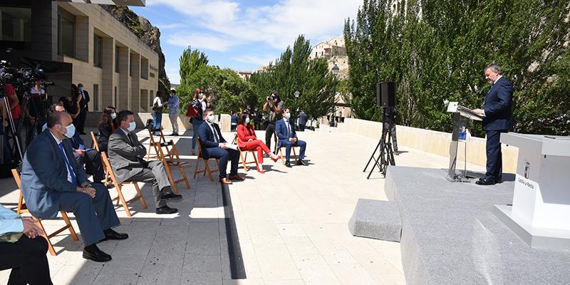 La calle que unirá la ciudad con el nuevo hospital homenajeará en su nombre a los sanitarios de Cuenca