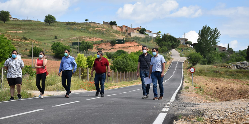 La Diputación de Cuenca ha invertido en carreteras un total de 3,7 millones de euros para arreglar más de 55 kilómetros en el último año