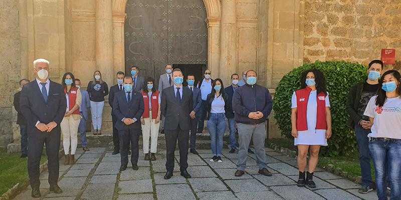 Las Cortes regionales se suman, en Molina de Aragón, al minuto de silencio en el último día de luto oficial por las víctimas del coronavirus