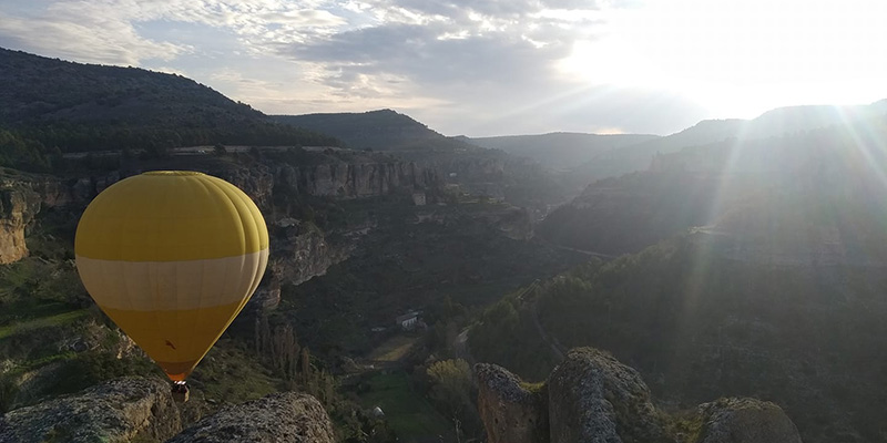Vuelve el globo de Cuenca a los cielos de la capital