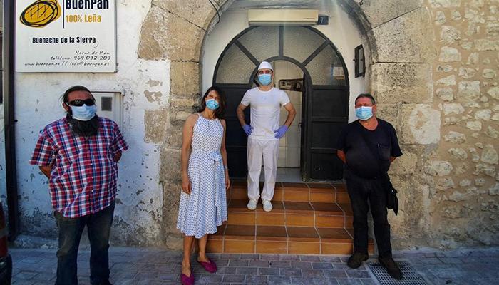 """Carrasco destaca el papel del pequeño comercio en los municipios menos poblados """"Han sido un pilar fundamental durante la pandemia de la Covid-19"""""""