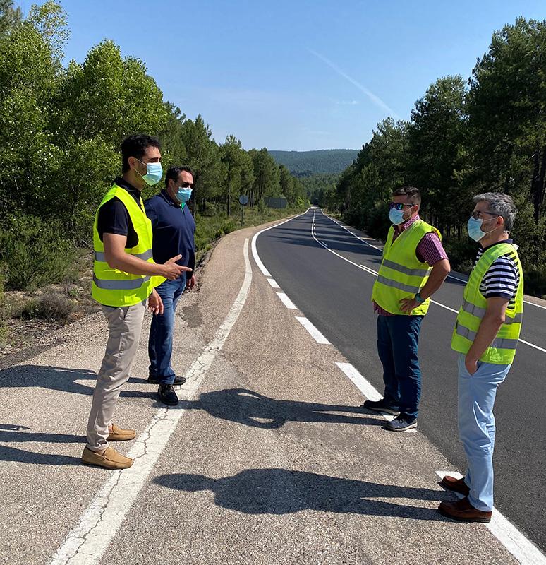 El Gobierno regional acomete obras de mejora en la carretera CM-210 por un importe de casi 100.000 euros