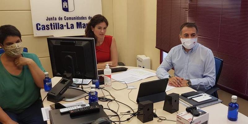 El Gobierno regional informa sobre la línea de ayudas en materia de prevención de riesgos laborales a una veintena de empresas y asociaciones de Cuenca