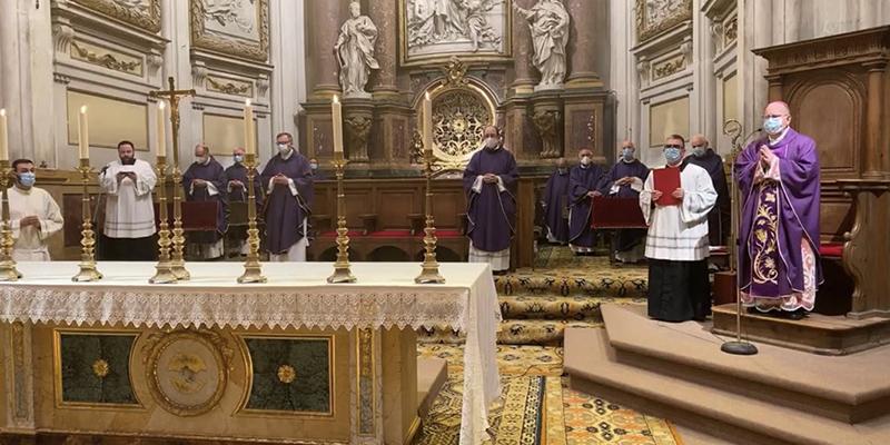 El obispo de Cuenca recuerda en una homilía a los sacerdotes fallecidos durante la pandemia