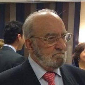 Este viernes se celebra el funeral por el eterno descanso de Paco Alarcón