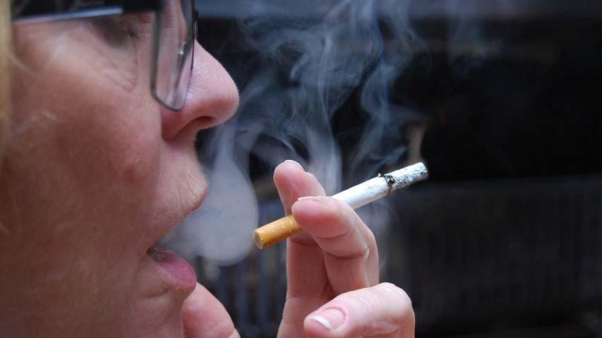 Investigadores de la UCLM barajan la posibilidad del poder de la nicotina como inhibidor de la COVID-19