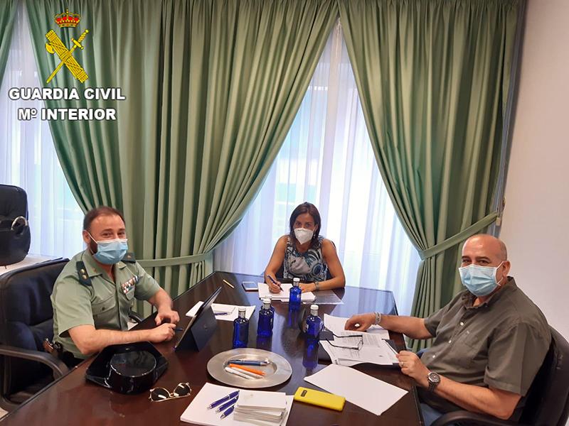 La Guardia Civil de Cuenca y el Colegio de Farmacéuticos estrechan lazos para proteger a los más vulnerables