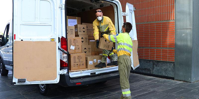 La Junta mantiene la distribución de equipos de protección para los profesionales sanitarios con un nuevo envío de superior a los 408.000 artículos