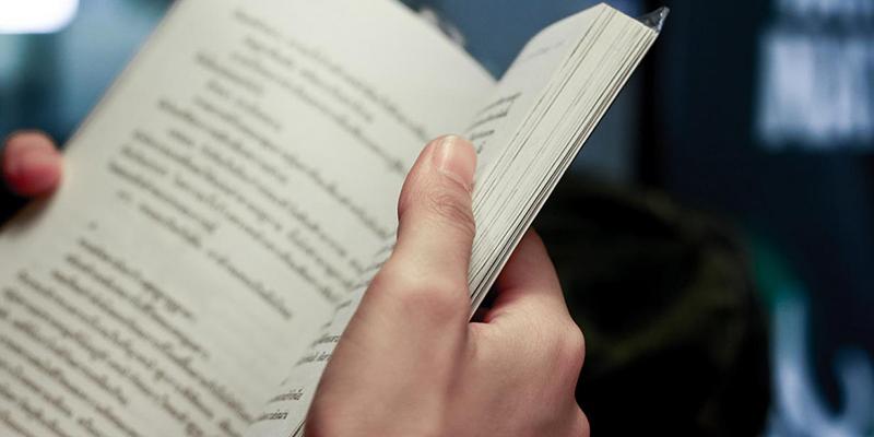 """La Junta ofrece 30 recomendaciones literarias a todos los públicos """"para continuar con el hábito lector durante este verano"""""""