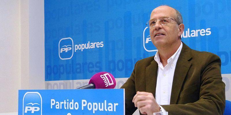 """Tortosa explica a los socialistas la labor del Ayuntamiento en la pandemia, """"hacer lo que otras administraciones no hicieron"""""""
