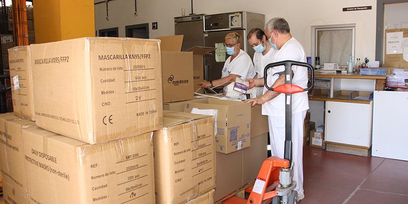 El área de Salud de Cuenca ha recibido un nuevo envío del Gobierno de Castilla-La Mancha de más de 350.000 artículos de protección