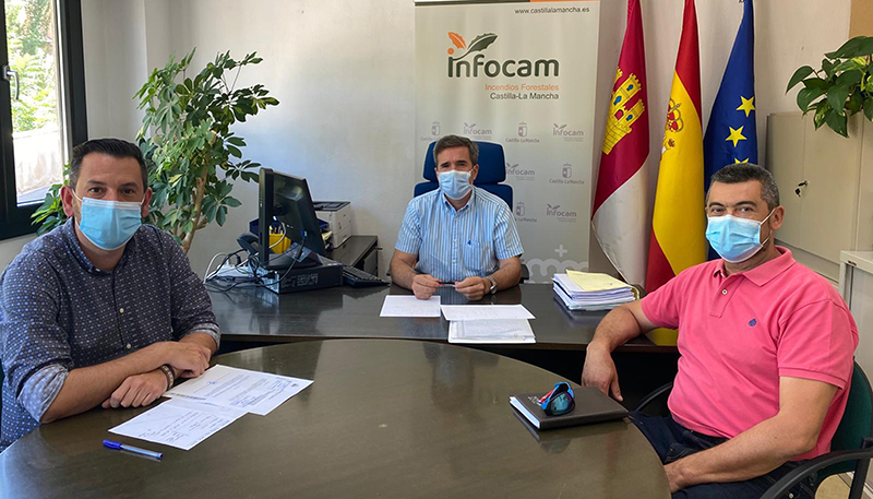 El Gobierno regional acuerda con los alcaldes de Villora y Enguidanos regular el aforo de Las Chorreras del Cabriel