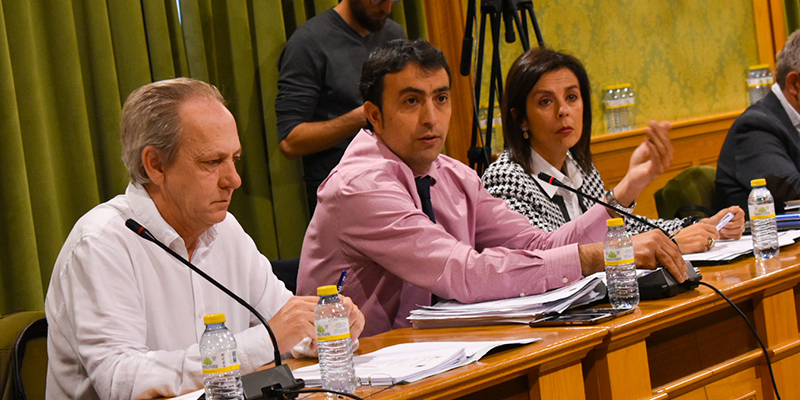 El PP en el Ayuntamiento de Cuenca critica la aprobación de unos presupuestos pobres, con dudas legales y...., con 17 concejales