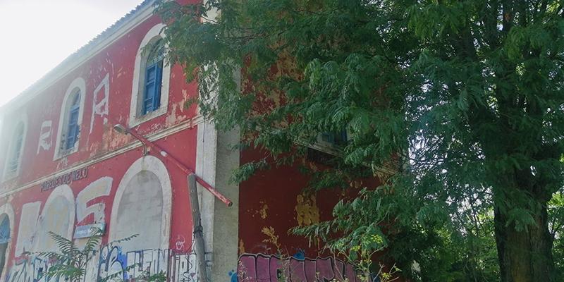 """El PP exige que se paralice la demolición de la estación de Paredes de Melo, """"un paso más para cerrar el tren Madrid-Cuenca-Utiel"""""""