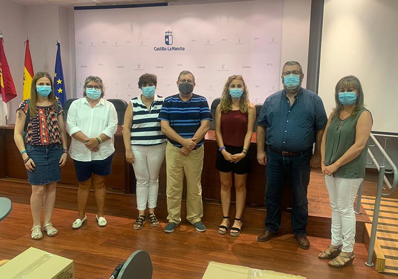 Junta, Ayuntamiento de Cuenca y Diputación Provincial entregan material de protección a las asociaciones sociosanitarias de la provincia