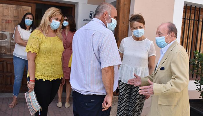 La Junta ha enviado más de 3.200 elementos de protección a San Lorenzo de la Parrilla durante la crisis sanitaria