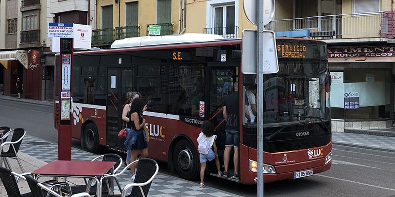 El balance del servicio de lanzaderas al Casco Antiguo de Cuenca se cierra con una media de 1.200 usuarios cada fin de semana