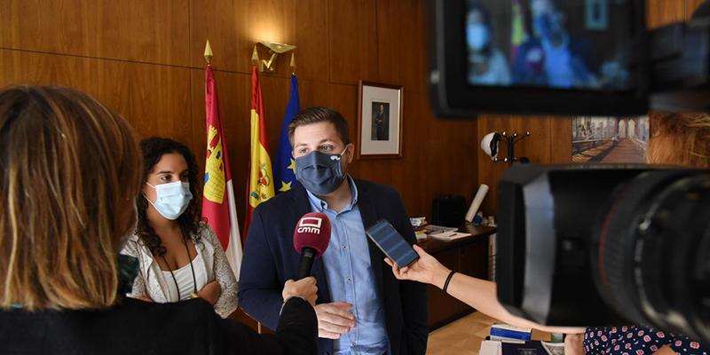 El Gobierno regional hace partícipe a la FEMP de Castilla-La Mancha de la Ley de Medidas Integrales para la convivencia y contra la ocupación ilegal de viviendas