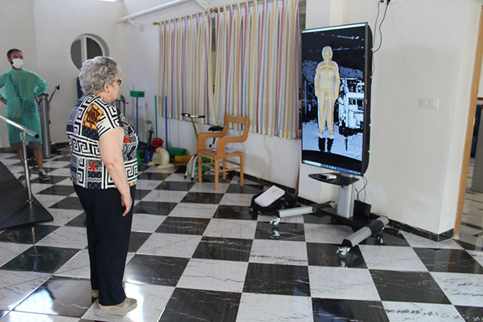 El grupo ARCO de la UCLM desarrolla tres prototipos de equipos para la rehabilitación remota de personas mayores