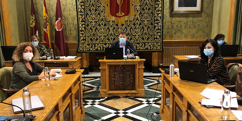 El Pleno del Ayuntamiento de Cuenca aprueba ceder la parcela de las escuelas Astrana Marín para hacer realidad el Centro de Mayores de Las Quinientas