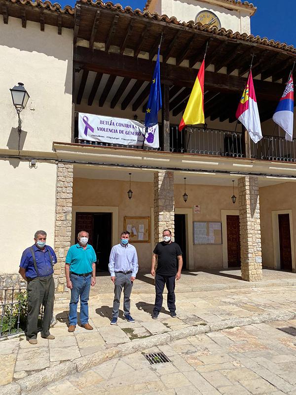 Julián Esteban Pulla toma posesión como nuevo alcalde del municipio de Beteta
