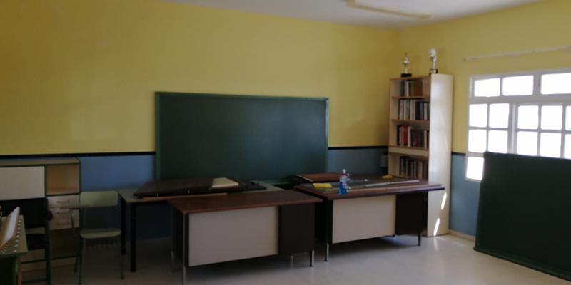 Prieto cita como ejemplo de inoperancia de la Junta que los niños de Fuentelespino no hayan ido hoy al colegio por no estar abierto