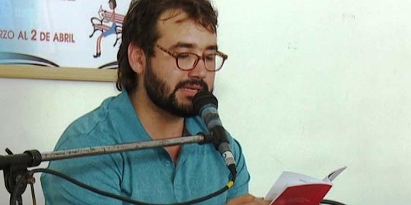 Sergio García Zamora gana el XXXIX Premio Internacional de Poesía Juan Alcaide con 'Los conspiradores'