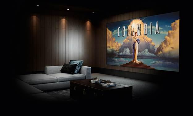 Sony cambia la manera de ver cine en casa con su nuevo proyector de Home Cinema 4K nativo