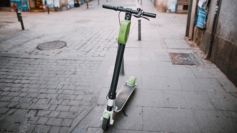 El Ayuntamiento de Cuenca inicia una campaña informativa sobre el correcto uso de patinetes y demás Vehículos de Movilidad Personal
