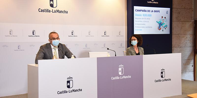 El Gobierno de Castilla-La Mancha pone a disposición de la población 620.000 dosis de vacuna contra la gripe en plena pandemia COVID