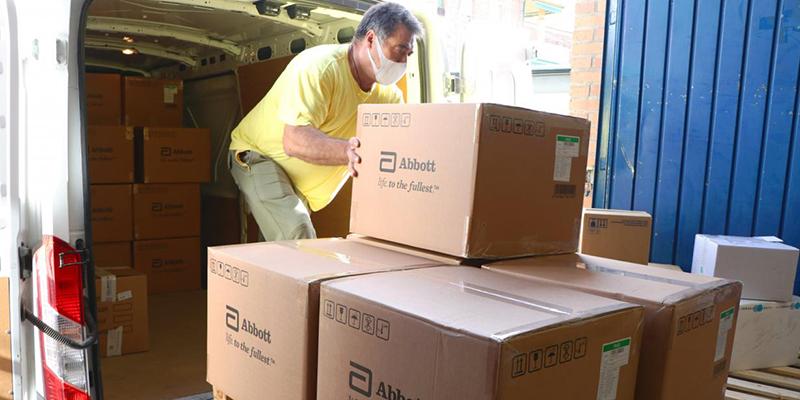 El Gobierno regional ha enviado esta semana más de 100.000 de artículos de protección a los centros sanitarios