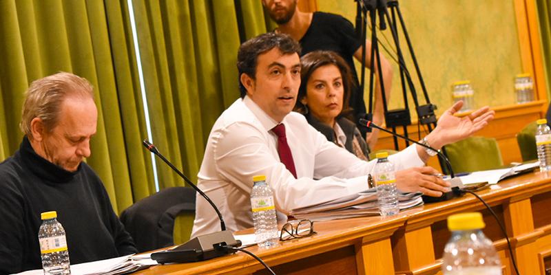 El PP denuncia que Dolz e Isidoro ponen en peligro el sustento de 96 familias de comerciantes ambulantes por la falta de soluciones