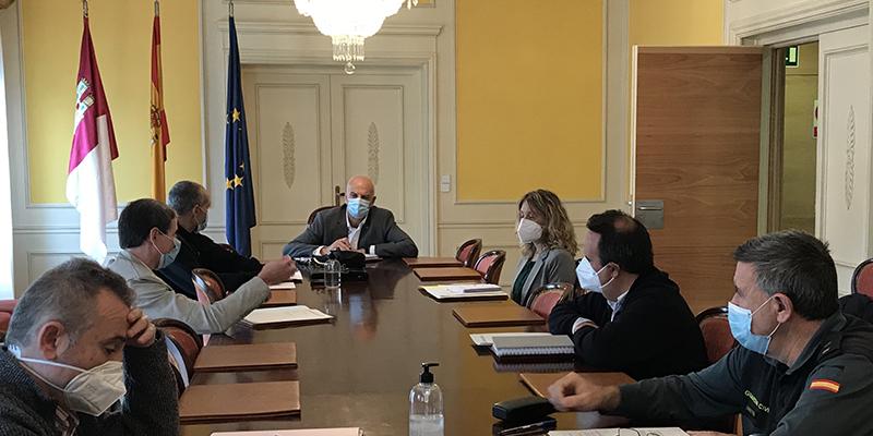 El subdelegado del Gobierno en Cuenca preside la reunión del Grupo Provincial de Trabajo entre la Inspección de Trabajo y las Fuerzas y Cuerpos de Seguridad del Estado