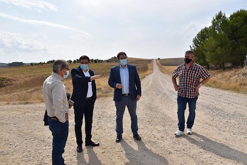 La Diputación de Cuenca invertirá más de 340.000 euros en acondicionar el camino que une Huete y Mazarulleque