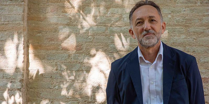 La Sociedad Española de Estudios Árabes premia una traducción del profesor de la UCLM Luis Miguel Cañada